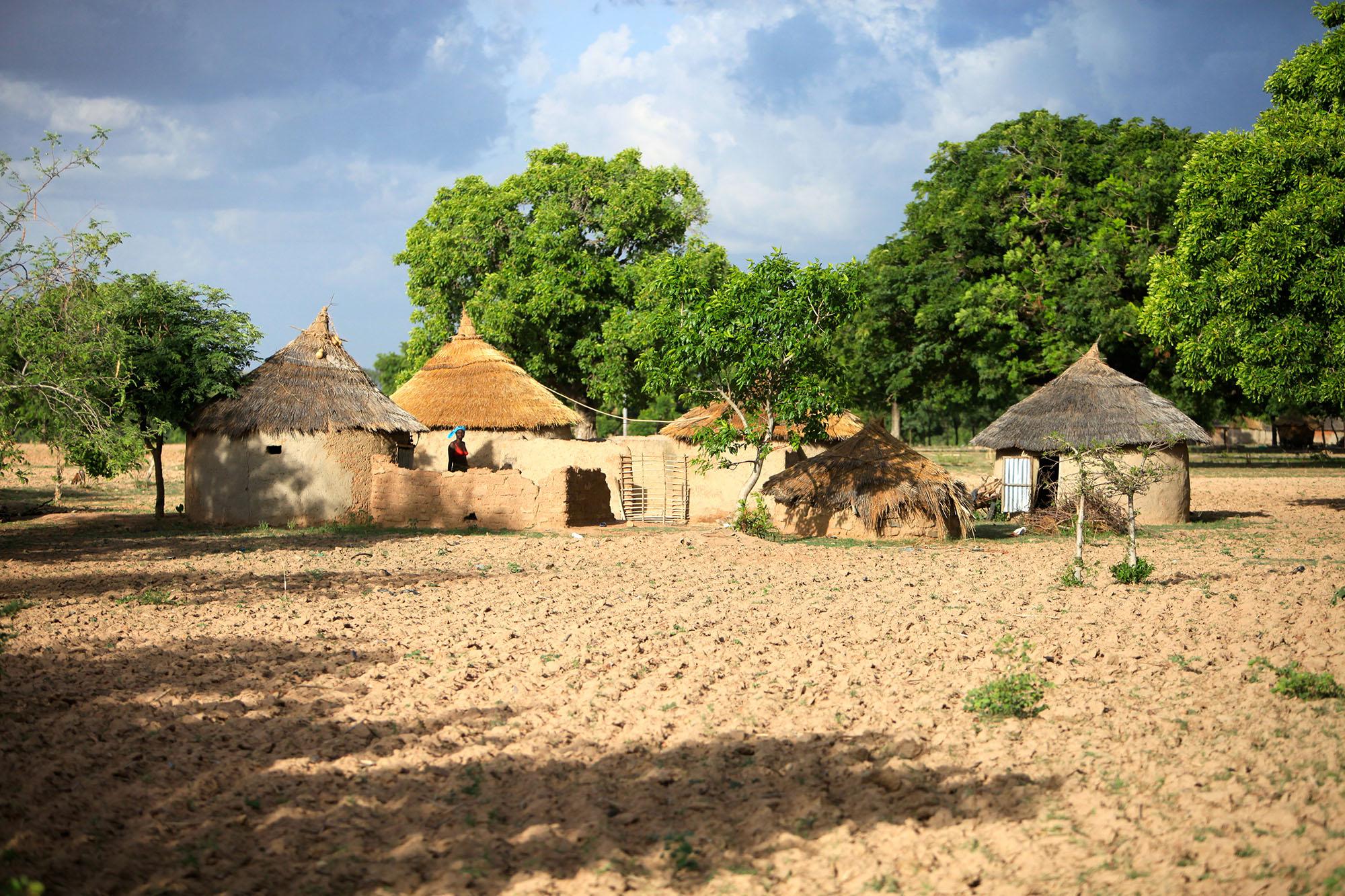 Cour traditionnelle burkinabè. Crédit photo : Czar, Kad Services, Burkina Faso, 2012